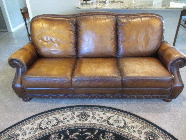 Dallas Leather Furniture Restoration and Repair - Onsite